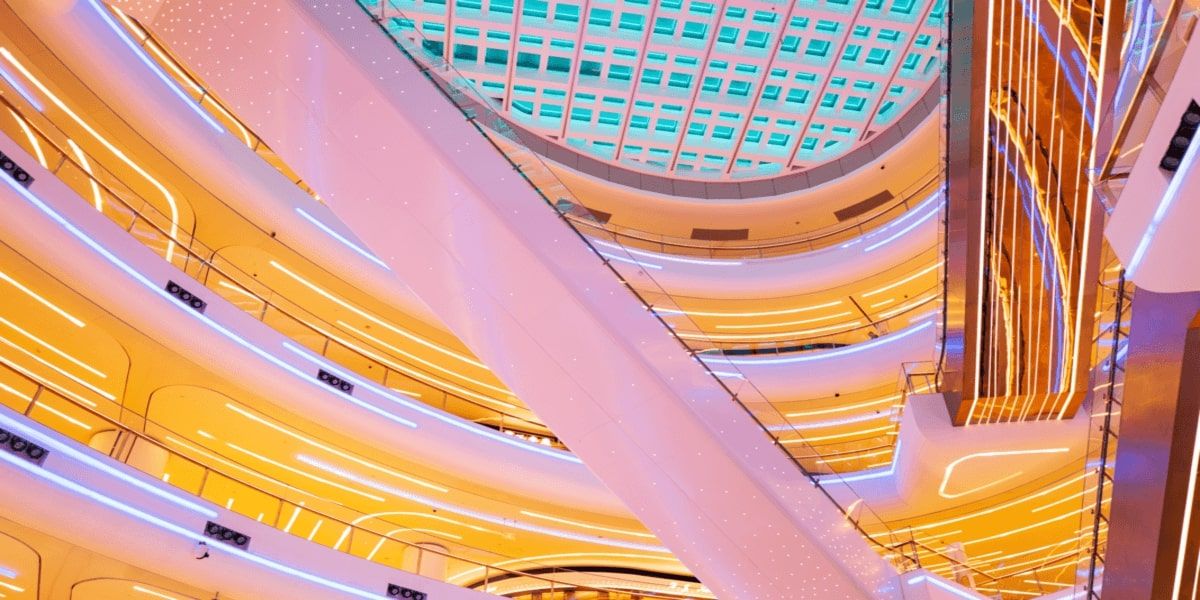 The Importance Of Digital Technology Applied To Shopping Centres Development And Management